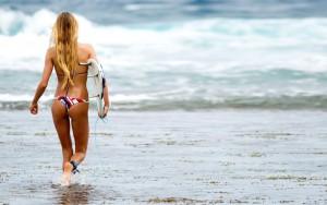 Alana-Blanchard-Surf-05